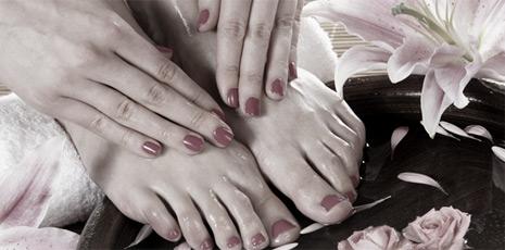Masaż dłoni i stóp